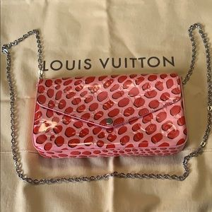Louis Vuitton. Felice jungle dots crossbody